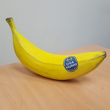 "Oversized Banana Gift ""Box"""